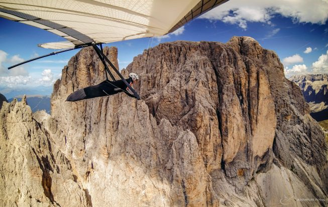 AdventureFlying Hang gliding in the Dolomites
